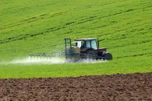 Ukraina: Moratorium na sprzedaż gruntów rolnych przedłużone
